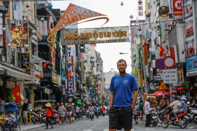 Rico trên Phố đi bộ Bùi Viện - Ảnh: Thành Nguyễn
