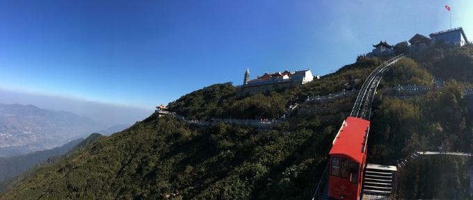 Chiêm ngưỡng công trình kiến trúc tâm linh trên đỉnh Fansipan