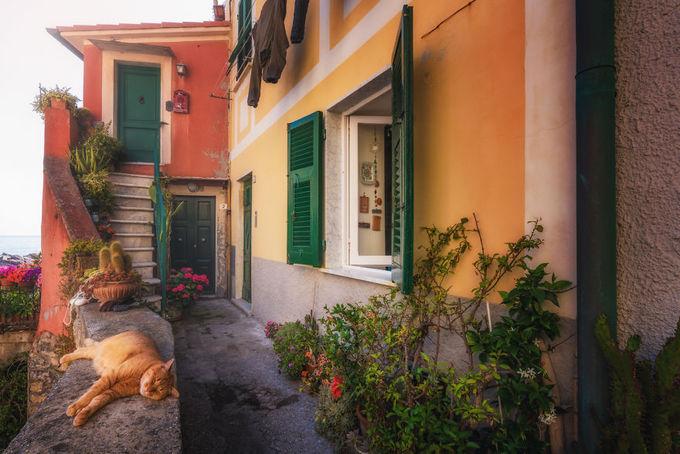 Những con hẻm `bí mật` đẹp như cổ tích ở Italy