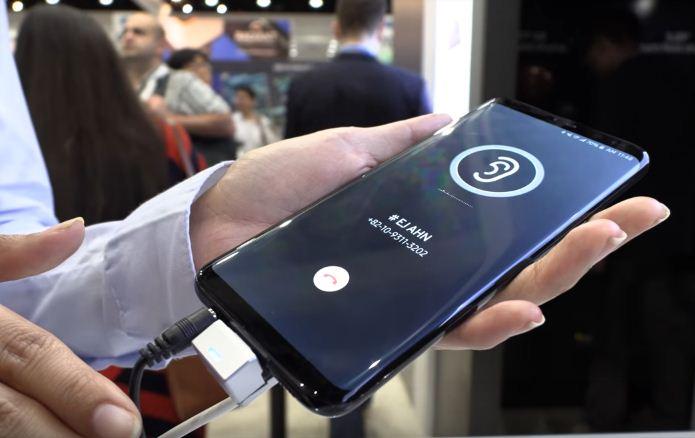 Samsung trình diễn công nghệ truyền âm thanh qua màn hình