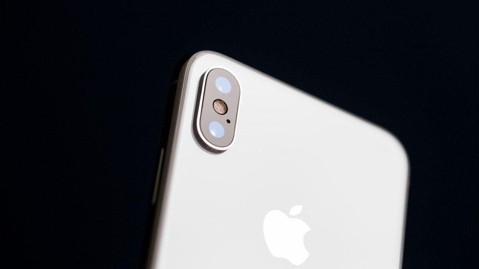 iPhone 2018 màn hình LCD giá rẻ sẽ ra mắt sau?